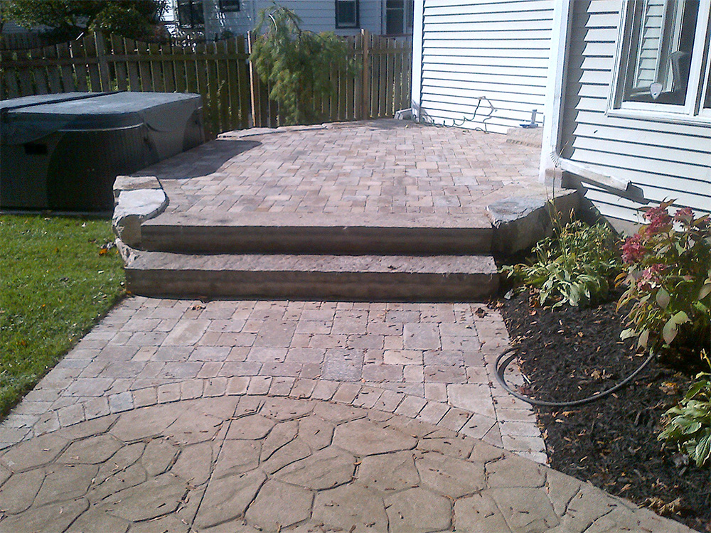 Flagstones Provide A Durable And Natural Slip Resistant Patio Surface That  Will Last For Years. Moss, Grass, Or Hardy Ground Cover And Be Grown  Between The ...