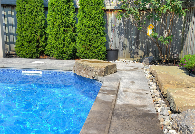 Total Contracting & Landscaping Poolscaping